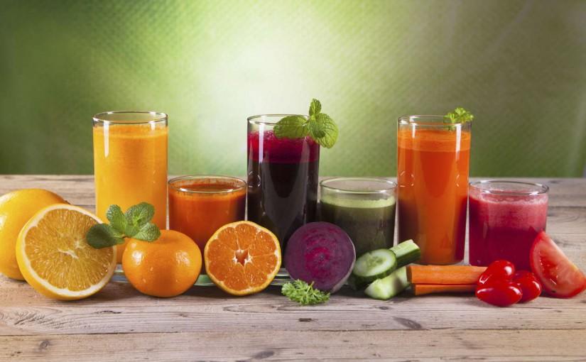 CAPSLIM explica si tomar jugos de fruta es lo mismo que comer fruta
